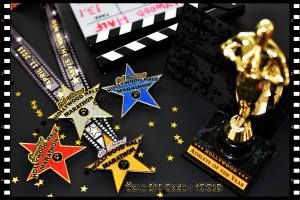 The star-themed medals.